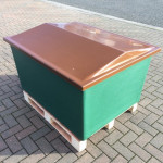 Equipment Chamber 1100 x 880 x 600 Fibreglass c/w Raised Lid